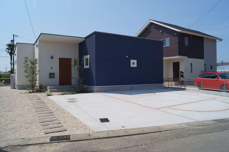 RIKYU (リキュー)【収納力、平屋、インテリア】60坪の敷地に建てた延床面積31坪の平屋。シンプルでモダンなデザインは何年経っても飽きることがない。『リキュー』なら、広大な敷地がなくても平屋を予算内で建てることができる