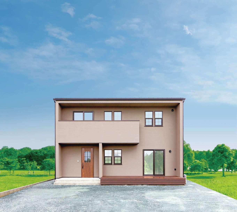 """CRASIA(クラシア)【1000万円台、デザイン住宅、インテリア】塗り壁の風合いが上質感を醸し出す外観。建物には地震や台風に強いモノコック工法を採用。耐力壁や床合板を用い、外からの力を""""面""""で受け止める。また、耐震等級3の長期優良住宅で、末長い安心が保証されている"""