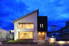 木造の常識を超えた大開口・大空間リビングの家