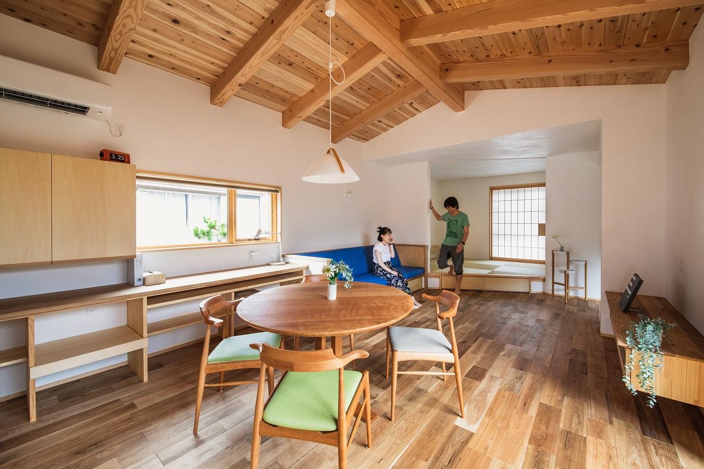ぴたはうす 安食建設【デザイン住宅、和風、狭小住宅】家具の配置を含めて空間設計がなされているので、無駄なスペースが生じず、空間を広々と使いこなせる