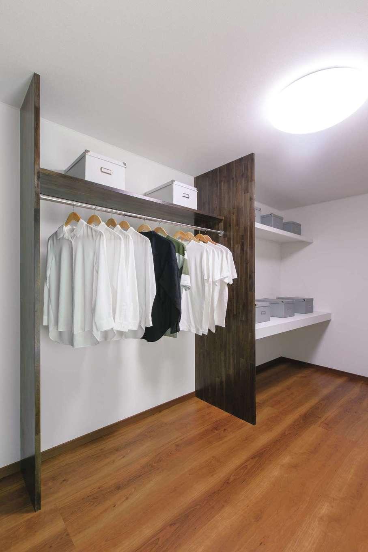 深見工務店 S-style|収納アドバイザー・深見清佳さんが主婦目線で提案した、片付けやすいウォークインクローゼット