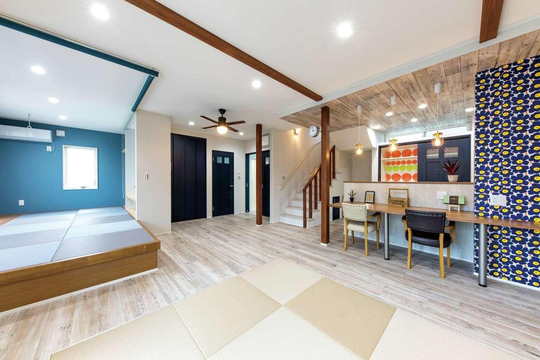 ホームプラザ大東【デザイン住宅、収納力、間取り】将来的に1階だけでも暮らせるように計画されているので、動線に無駄がなく、掃除もしやすい。リビングで横になることが多いため、畳敷きに