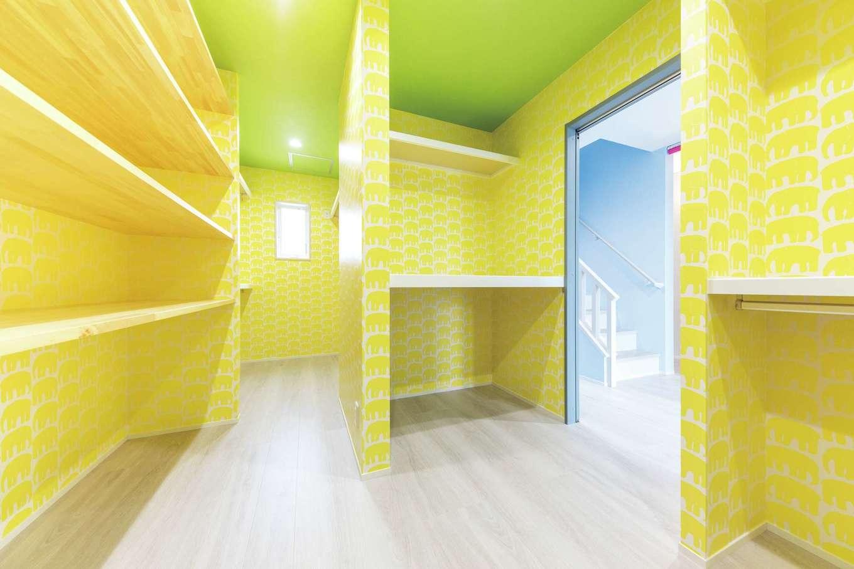 ホームプラザ大東【デザイン住宅、収納力、間取り】家具を置かなくても済むよう収納はたっぷりと。象のクロスがかわいい