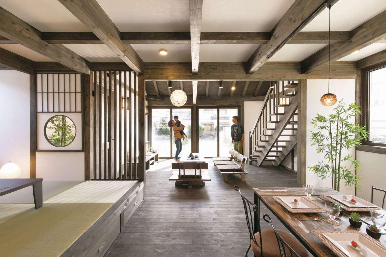 サイエンスホーム【1000万円台、デザイン住宅、自然素材】高級旅館のような風情がただようLDK。奥に向かうに連れて視界が徐々に開けていくことで、より開放感を味わうことができる