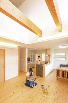 身体と家計にやさしい全館空調と「富士ヒノキ」の家