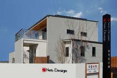 洗練されたデザインとパッシブデザインが心地良い家