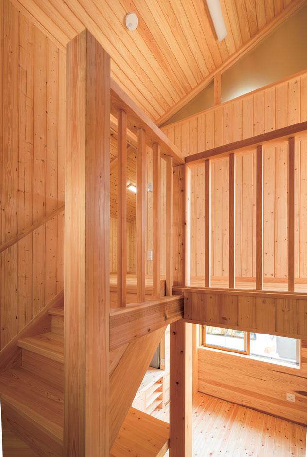 鳥坂建築【和風、趣味、自然素材】階段も豊富な経験と技術力が光る