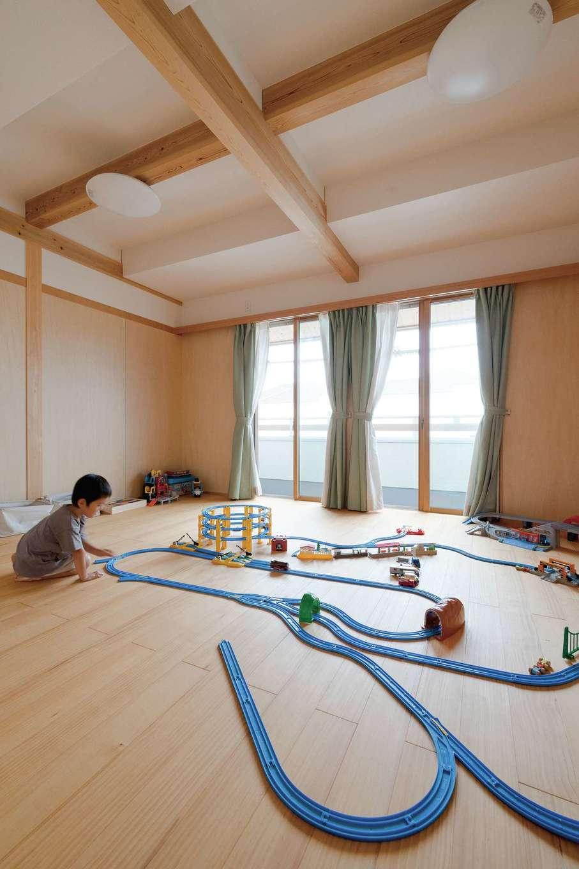 コバヤシ建築【収納力、和風、自然素材】約10畳の子ども部屋は、将来収納などで仕切り、ふた部屋に分ける予定