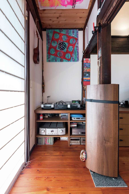 建杜 KENT(大栄工業)|ご主人の趣味である音楽スペース。ここでお気に入りのレコードを再生するそう