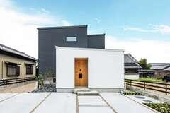 シンプル・イズ・ベスト! 光と風が心地いい北欧住宅