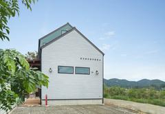 【モデルハウス】ずっと家にいたくなる居心地の良さ「KOMOROKKA(コモロッカ)」