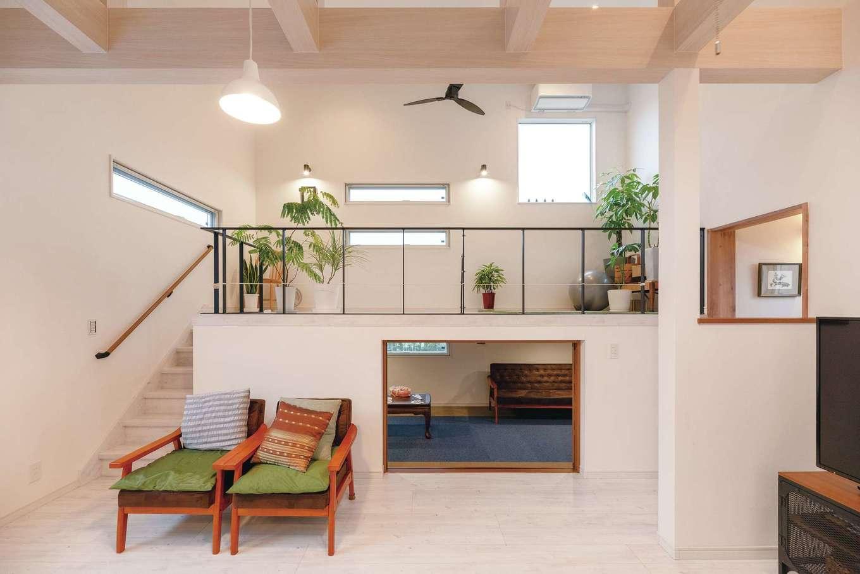 irohaco (アヴァンス)【スキップフロア、子育て、インテリア】9.8畳のスキップフロア。下部は趣味部屋として使い、モノが増えてきたら、大容量の収納スペースとして活用する予定