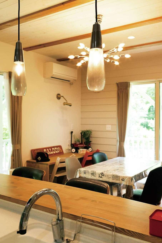 富士ホームズデザイン【デザイン住宅、子育て、インテリア】照明などのインテリアは同社運営の「ラ シュエット フジ」でセレクト