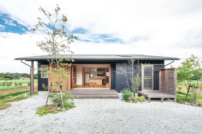 ぴたはうす 安食建設【和風、間取り、平屋】木製サッシを開ければ、より開放的な雰囲気に