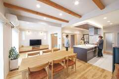 まるごと自然素材のやさしい家で 自分らしいスローな暮らしを実現