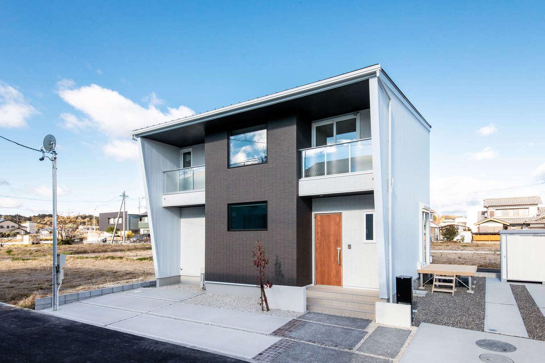 MEIKO夢ハウス(明工建設)【掛川市下垂木1943-2・モデルハウス】外壁はメンテナンスフリー。維持費も重視