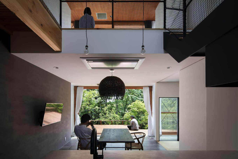 NATUREスペース【自然素材、狭小住宅、建築家】家のどこにいても森で繋がっている