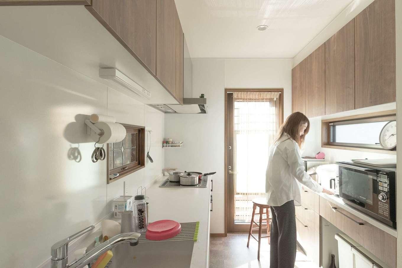 TDホーム静岡西 ウエストンホームズ【デザイン住宅、子育て、自然素材】独立により作業性が向上したキッチン