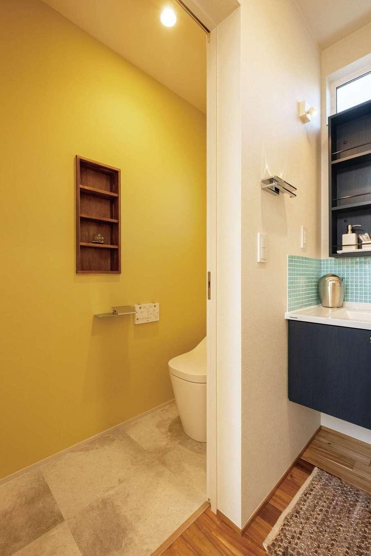 てつときの家【焼津市柳新屋572-2・モデルハウス】洗面を中心にトイレとお風呂を配置し生活動線を短縮