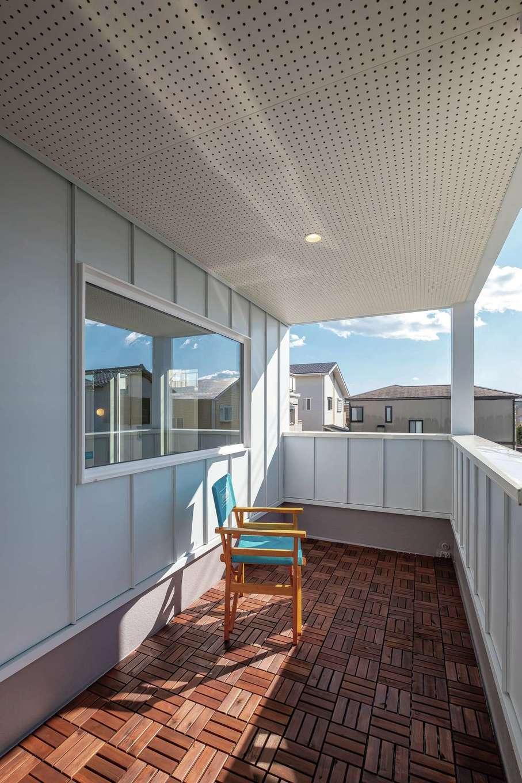てつときの家【焼津市柳新屋572-2・モデルハウス】インナーバルコニーは完全プライベート空間