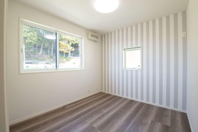 遠鉄ホーム【浜松市中区和合町・モデルハウス】2階の子ども部屋は、一室のみ独立換気を採用。感染症療養中の家庭内感染予防に効果的