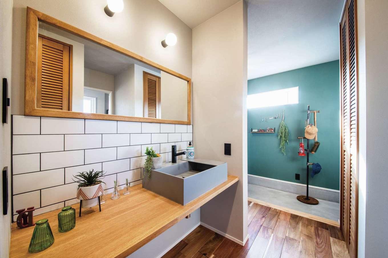 Yamaguchi Design 【磐田市見付1853-19・モデルハウス】玄関から直結の洗面コーナーはウィズコロナ時代のマストアイテム