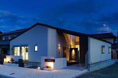 空を眺めて「おうち時間」を満喫できる平屋の家