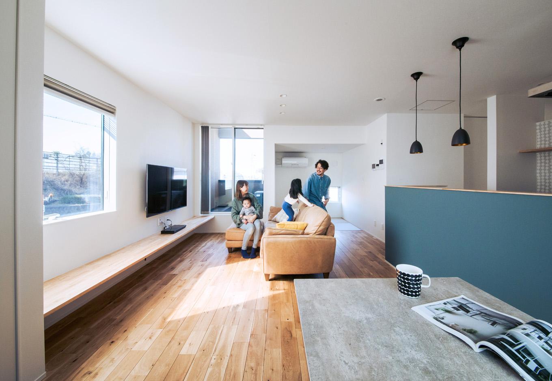 S.CONNECT(エスコネクト)【デザイン住宅、趣味、建築家】アパート時代は狭くて子どもの遊び場所がなかったが、新居では走り回ってのびのびと遊べるようになった