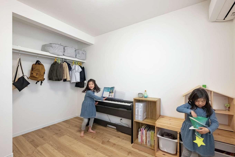 興友ハウス【デザイン住宅、子育て、間取り】子ども部屋もシンプルに