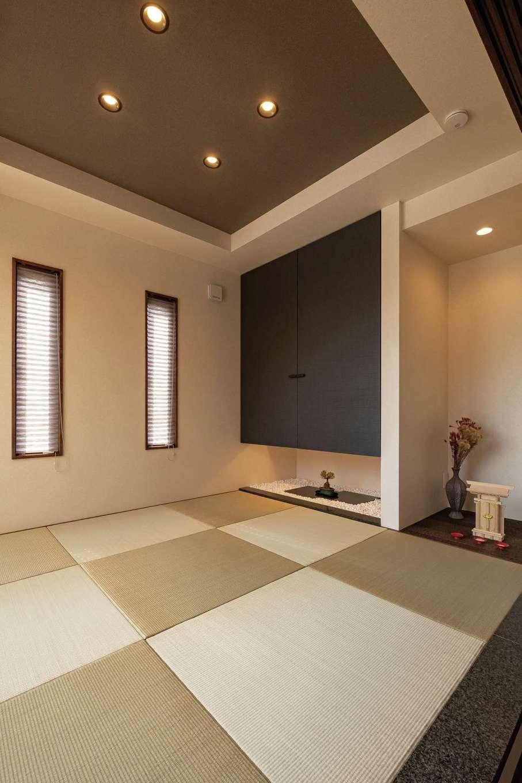 藤井建築事務所 -delphi-【デザイン住宅、間取り、建築家】間接照明が美しい和室は、仕切ることで客間としても使える