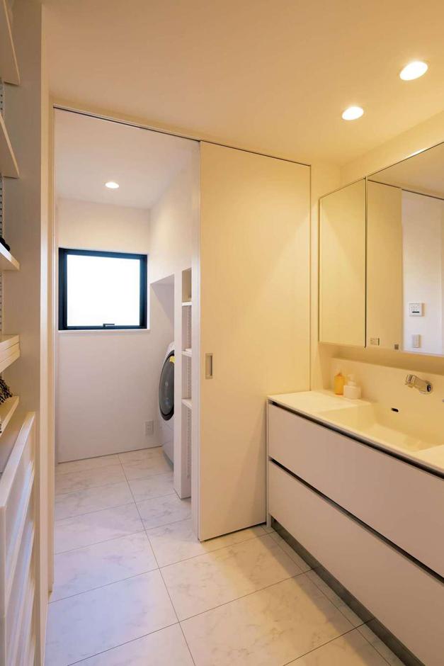 MABUCHI【デザイン住宅、間取り、建築家】ホテルライクなサニタリー。収納も充実