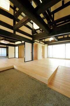 建築家と工務店のコラボで再生した 200年の愛着と想いを受け継ぐ家