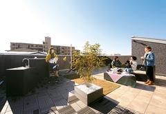 宙(そら)が庭になる 屋上にリゾートのある暮らし