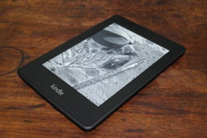 017_amazon-kindle