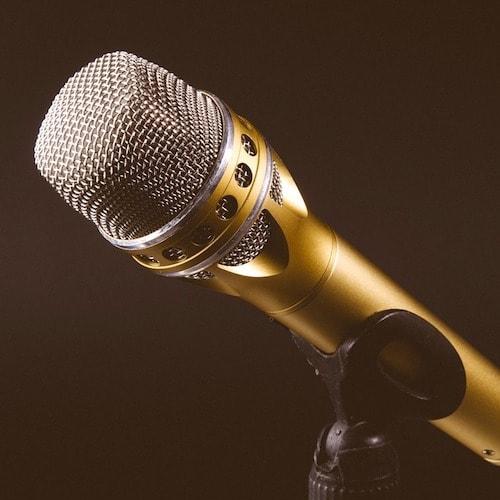 Microphone 1246057 1280%e3%81%ae%e3%82%b3%e3%83%92%e3%82%9a%e3%83%bc min