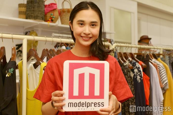 徳野茉奈美さん(C)モデルプレス