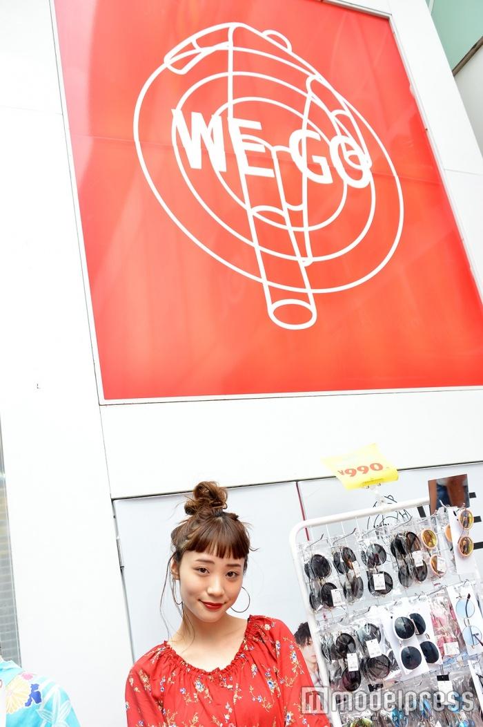 「WEGO」原宿竹下通り店の販売スタッフとして働く久保田梨香子さん(C)モデルプレス