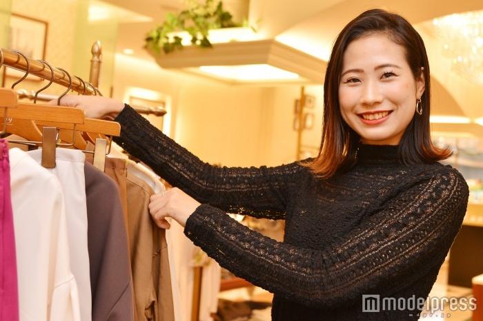 モデルプレスのインタビューに応じた中澤由衣さん(C)モデルプレス