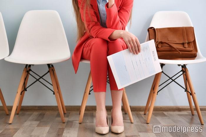 【アパレル業界の転職】面接用バッグはどう選ぶ?おすすめのタイプと注意点/Photo by Africa Studio