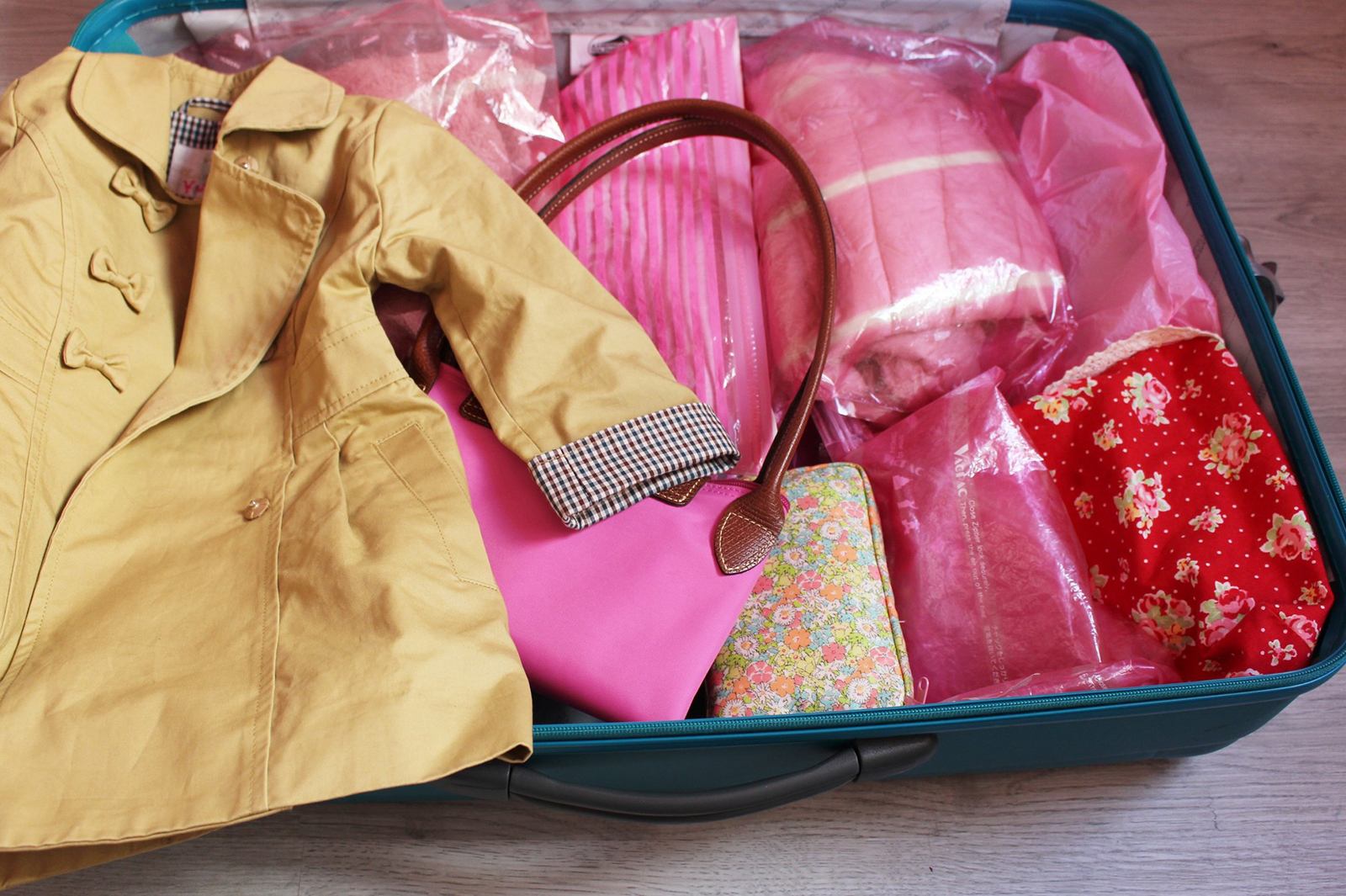 荷物を減らすパッキングのコツ(提供写真)
