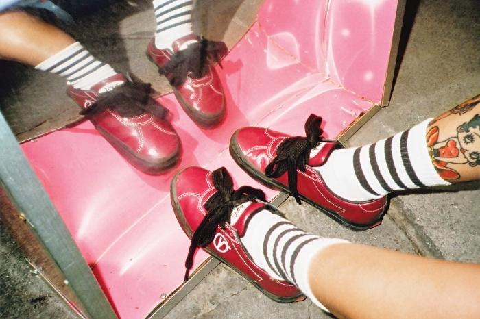 「X-girl」×「MADEME」×「VANS」スニーカー(提供写真)