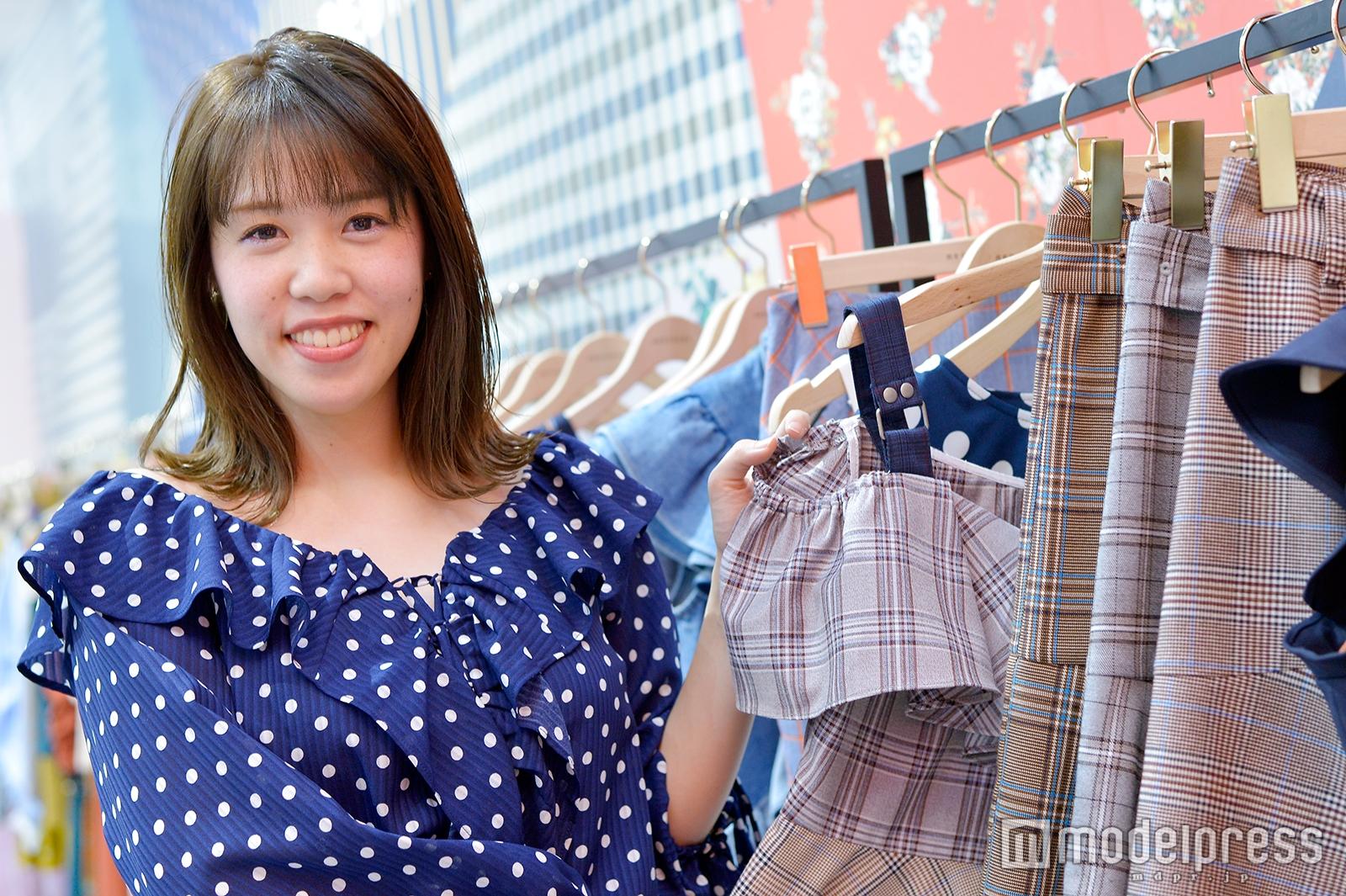 小沢理紗さん(C)モデルプレス