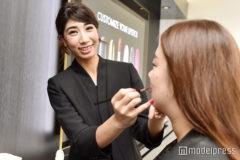 「ゲラン」ビューティーアンバサダー(美容部員)インタビュー 高額な製品の販売で苦…