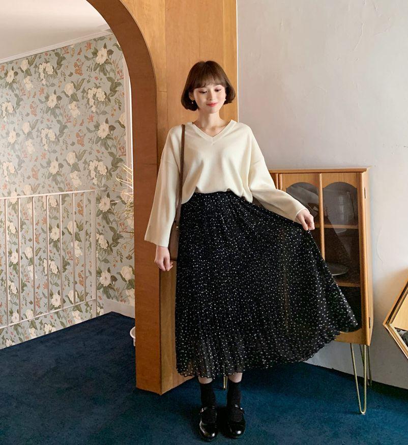 プリーツドットロングスカート(提供写真)