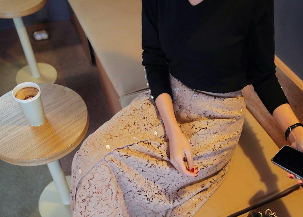ボタンレースフレアスカート(提供写真)