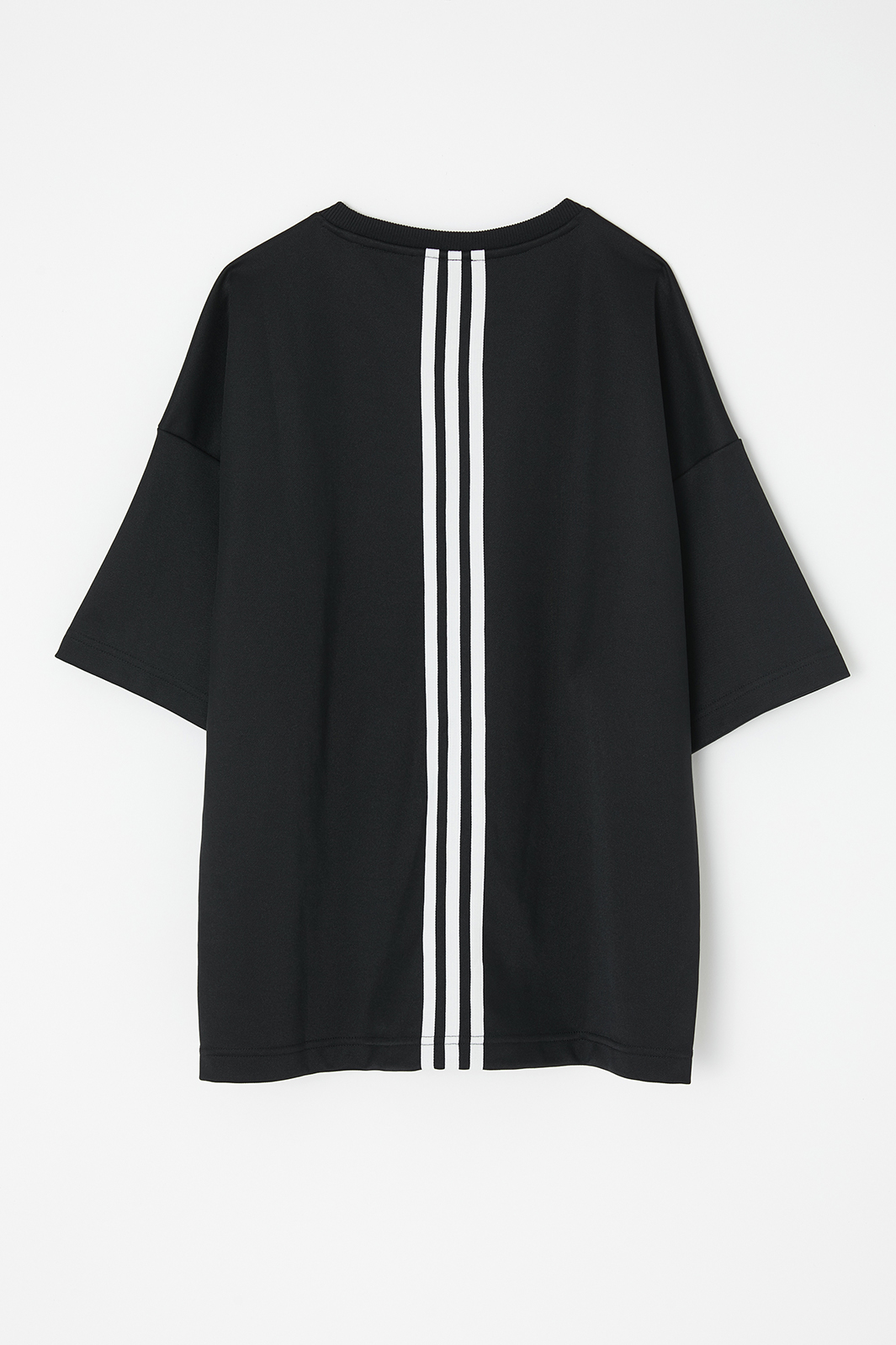 「adidas & MOUSSY」W CLS SS T MSY(提供写真)