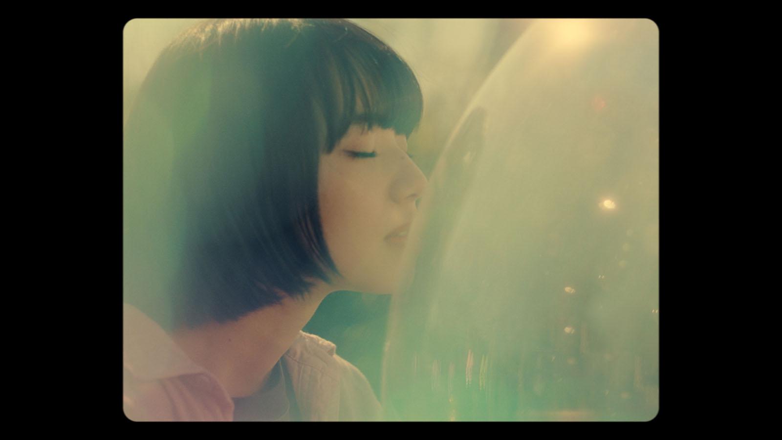 小松菜奈/動画「あ、ハル」より(提供写真)