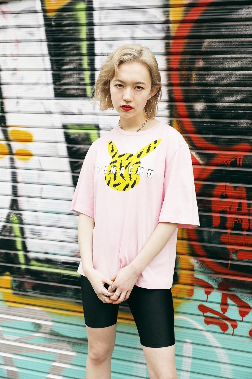 「H&M」×「ポケモン」シャツ1,499円、パンツ参考商品(提供写真)