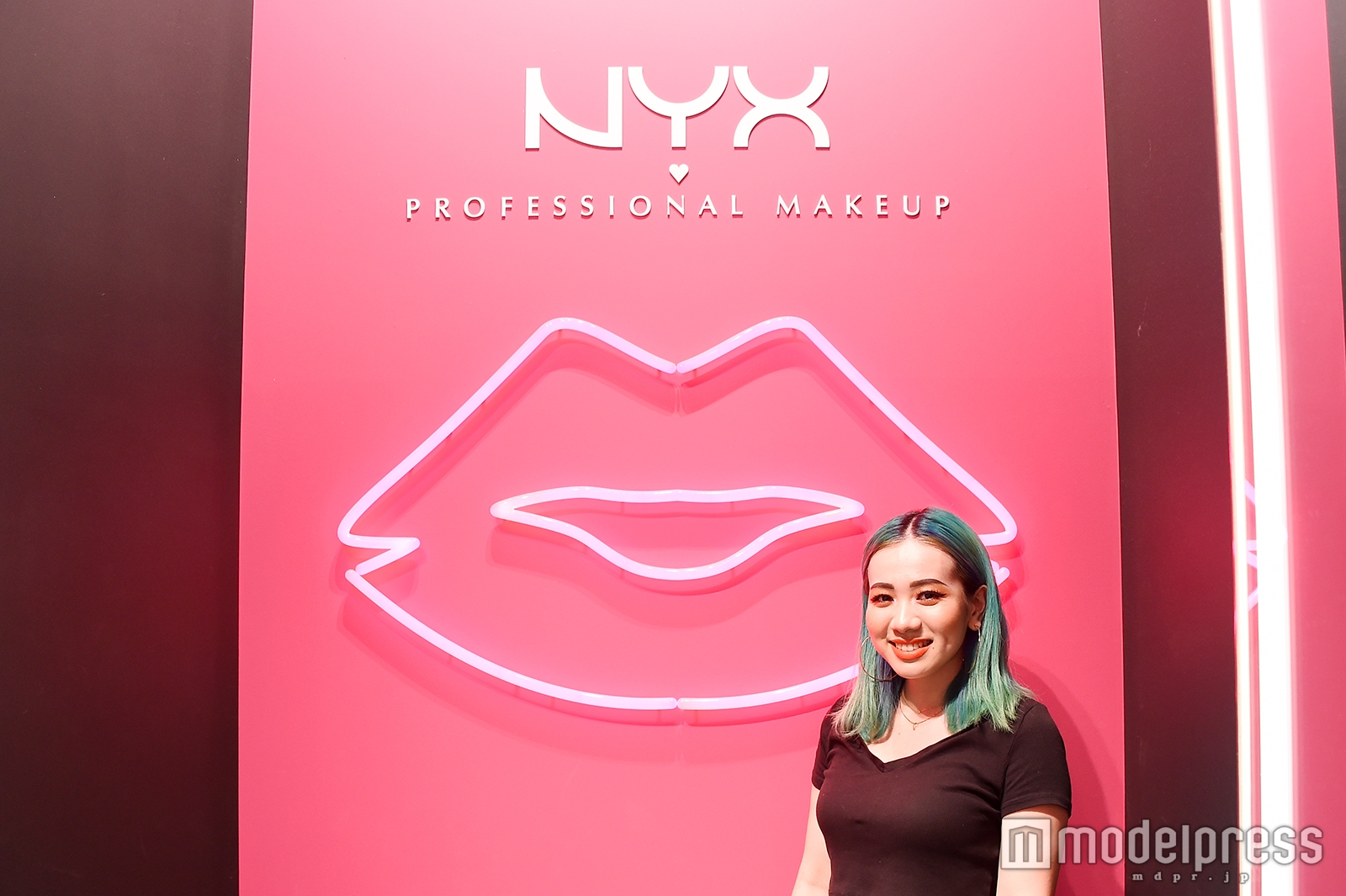 「NYX Professional Makeup」美容部員の呉屋真里奈さん(C)モデルプレス