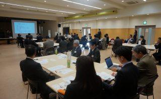 室蘭工業大学にて学校教職員と企業経営者との懇談会